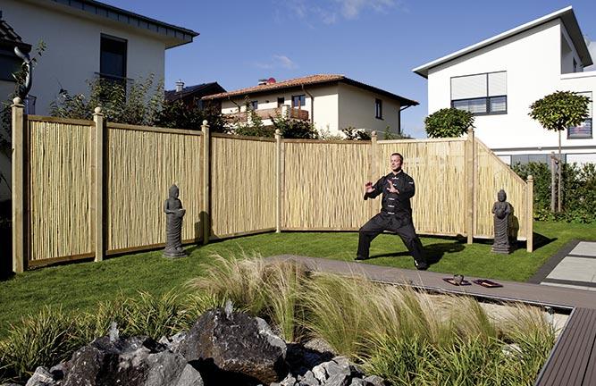 Sichtschutz Bambusstäbe mit Nadelholzrahmen