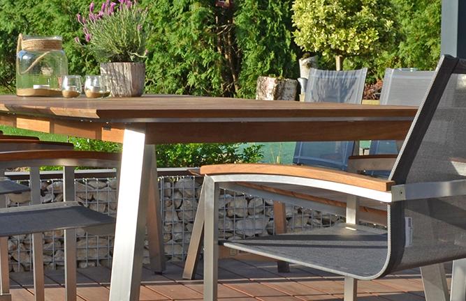Gartenmöbel aus recyeltem Teakholz, Tischgruppe Zebra, Detailansicht Tisch