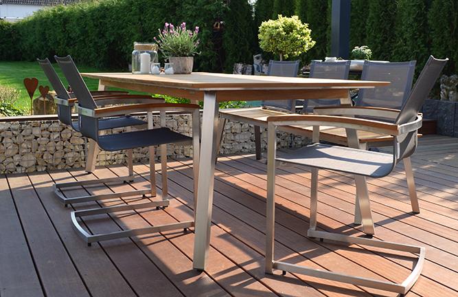 Gartenmöbel aus recyeltem Teakholz, Tischgruppe Zebra, Detailansicht Tischbein