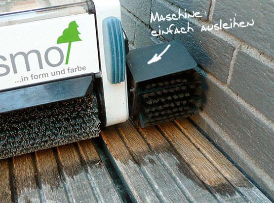 Terrassenreinigungsmaschine mit Randbürse