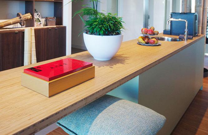 Küchen-Tresen aus Bambusplatte, Hochkantlamelle