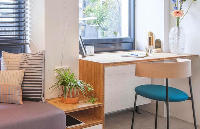 Schreibtisch aus Bambus Möbelplatten, Hochkantlamelle