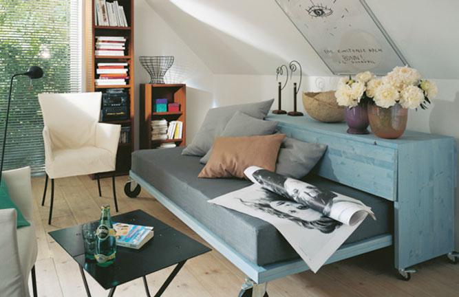 Jugend-Ausziehbett aus Leimholzplatten, nordische Fichte, endbehandelt mit Dekorwachs Mischton von Osmo