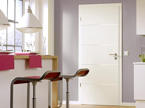 Zimmertür Modell Linea Art mit Edelstahl-Applikation, weiß, Echtlack