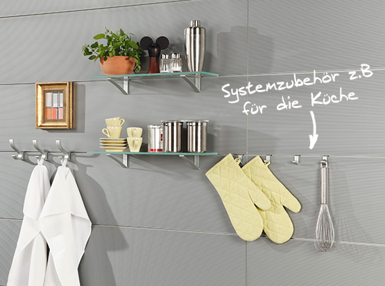 Wand und Decke: Systempaneele Nova mit Zubehör, Dekor Aluminium, in der Küche