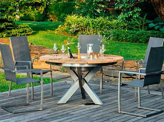 Runder Gartentisch Lyon mit Swing- und Stapelstuhl Ancona