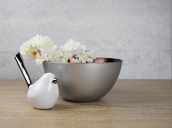 Glasschale, silber-bronze mit Keramikvogel und Kunstzweig Kirschblüte