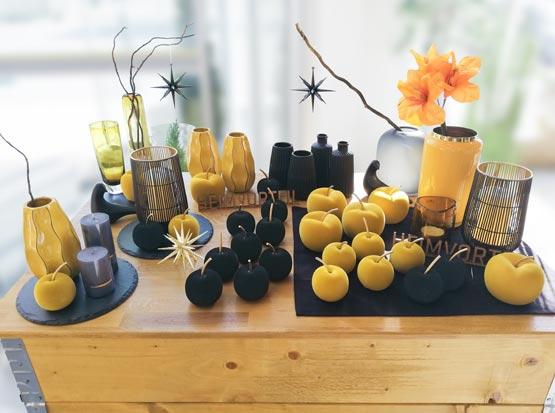 Herbstdeko mit Samt-Äpfeln, Teelichtern und Vasen, HolzLand Köster in Emmerke