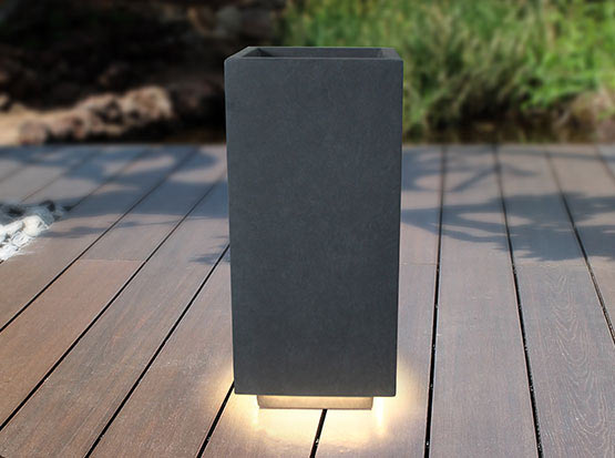 Wetterfestes Pflanzgefäß mit LED, HolzLand Köster in Emmerke