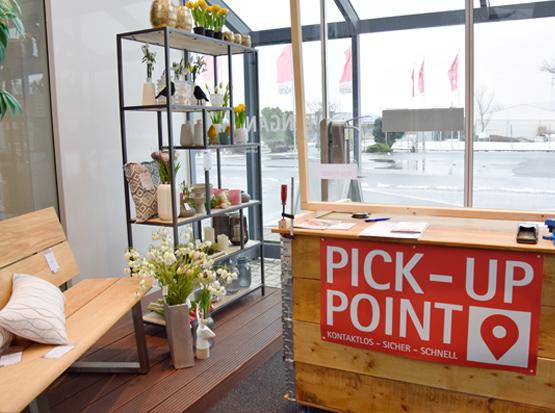 Neue Deko am Pick-up Point, HolzLand Köster in Emmerke