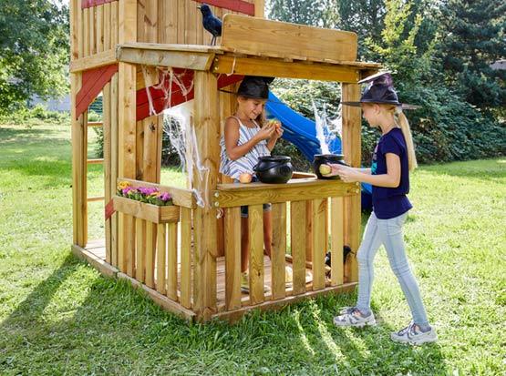 Holz-Spielturm mit Kaufladen, HolzLand Köster in Emmerke