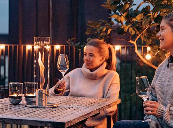 Stimmungsvolles Lich mit dem Tischfeuer Spin von Höfats bei Holzland Köster in Emmerke